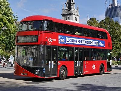 最近の2階建てバス